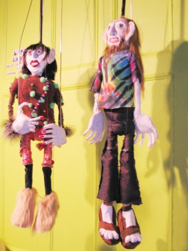 "linter-b ""Linda Carvel"", ""Terry (Linda's Dealer)"", Puppet Trash, 2004, AS220, Providence, photo: Marsian De Lellis"