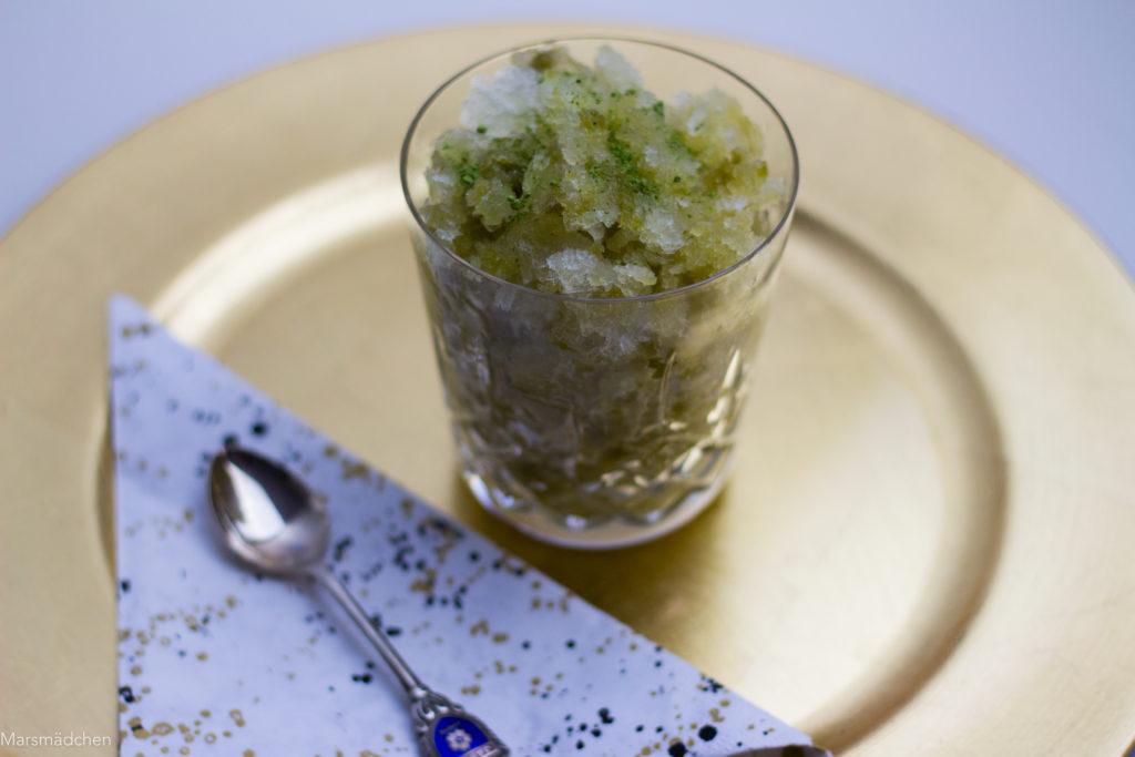Granita mit Matcha und Gin