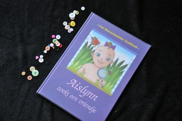 Persoonlijk sterrenbeeldenboek voor mijn dochter.