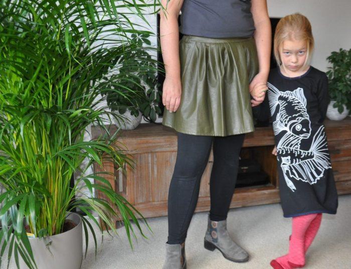 jurkje lilly black en mama in sevenbien