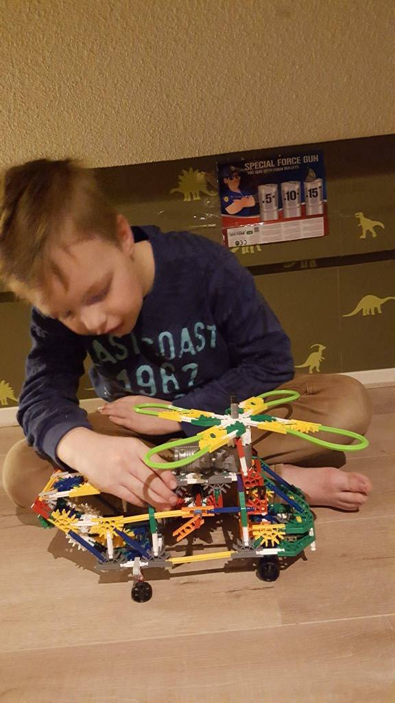knex helicopter