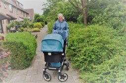 review agu seq regenjas kinderwagen