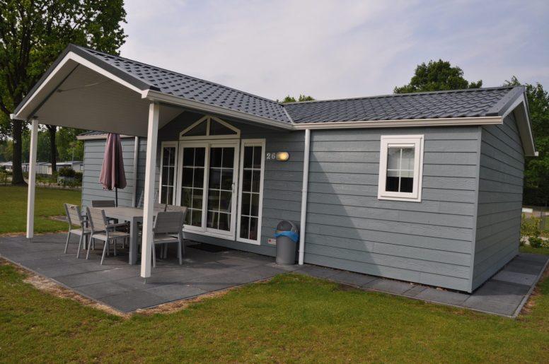 Onze luxe lodge op Camping De Leistert, uitgenodigd voor een review.