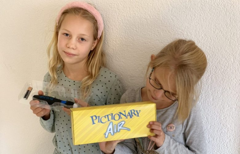 pictionary air review