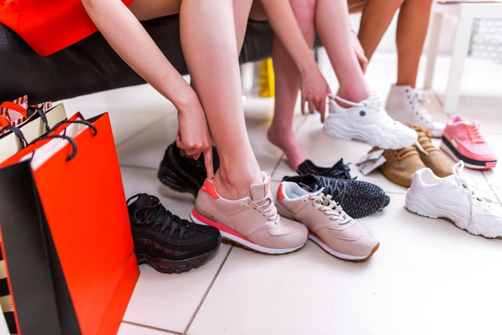 Sneakers van deze 5 A merken goedkoop scoren ⋆ Marstyle