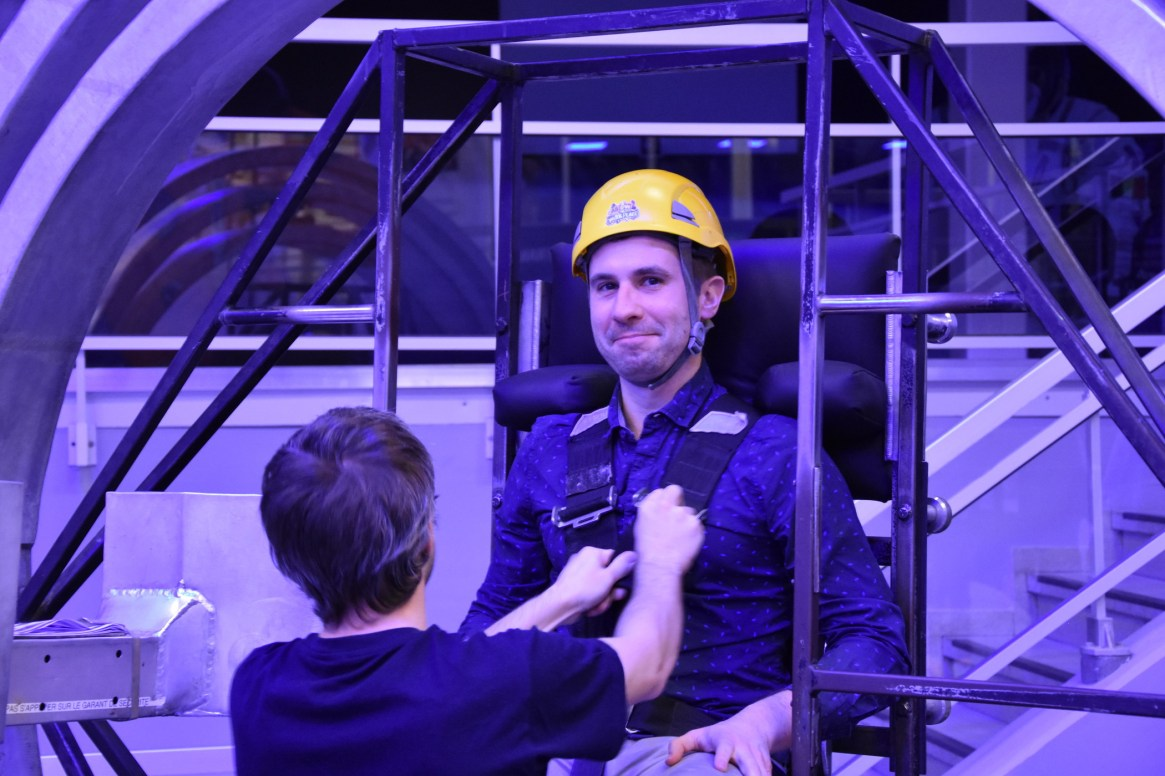 Our executive officer Michael was a bit afraid about spacecraft spinning experiment... But everything went perfecty !
