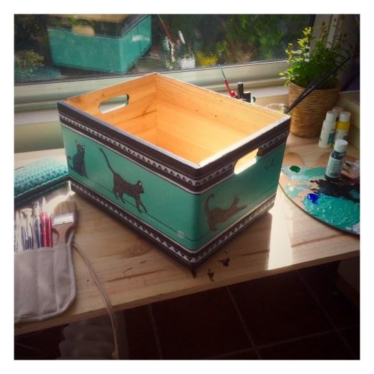 Pinewood box illustrated