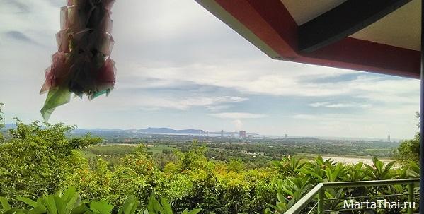 Thailand_Temples_Pattaya_Wat_Khao_Din