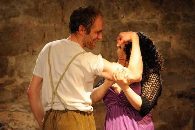 Martin Menner, Cristina Schwemmlein in: La Strada