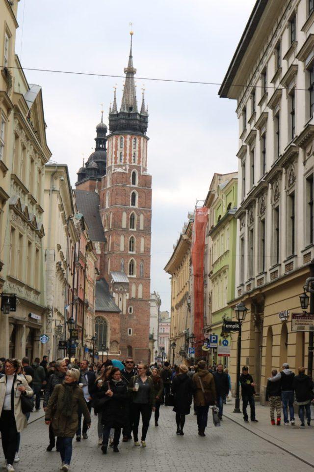 Krakov je město, kde si každý najde to své. Jsou tu historické části města, židovská část města, ale i moderní čtvrť s fajn kavárnami a restauracemi.