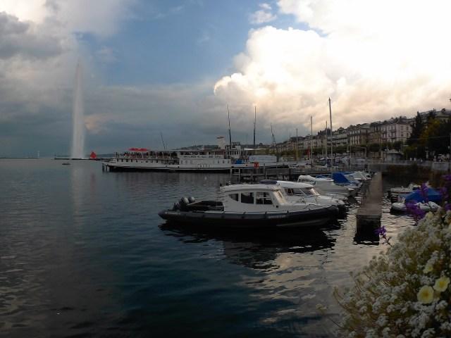 Ženevský vodotrysk Jet d'Eau je již symbolem celého města.