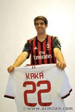 kaka first training milanello (48)