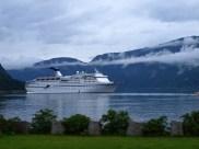 Schiff im Fjord