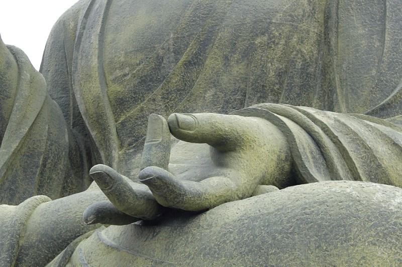 Buddhafigur meditierend - Gruppenchanneling