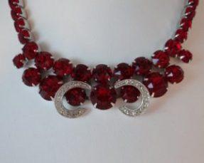 Weiss red rhinestone earring