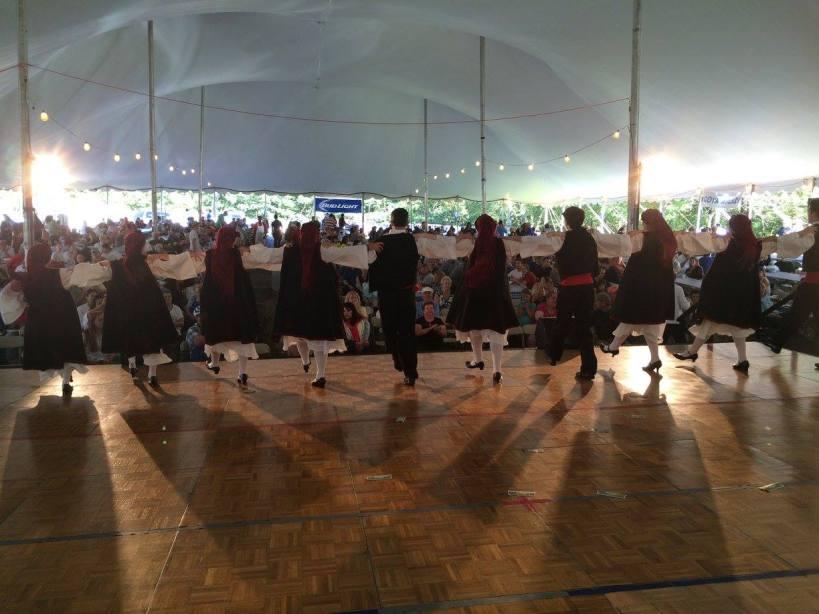 greek-dancers-back