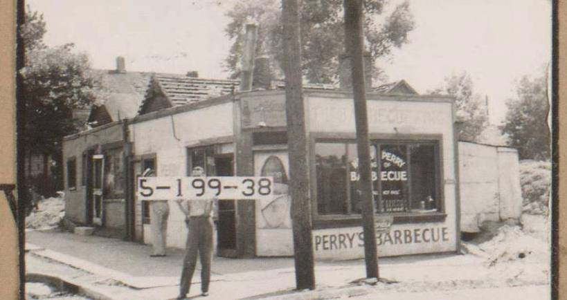 Perry's BBQ 1900 Highland (1)