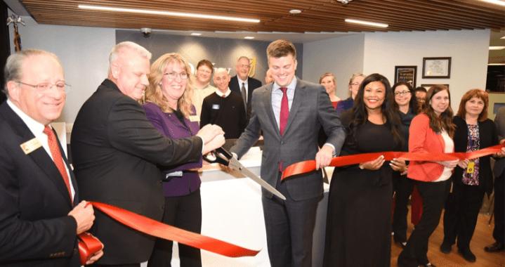DeVry celebrates renovated space