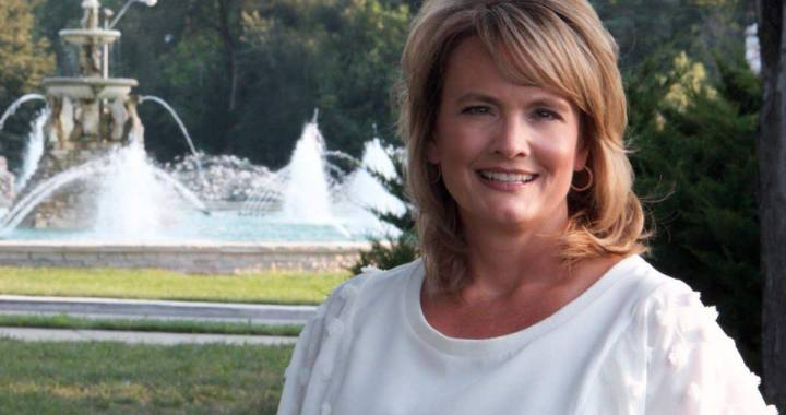 Get to know Andrea Bough, candidate running for Scott Taylor's seat