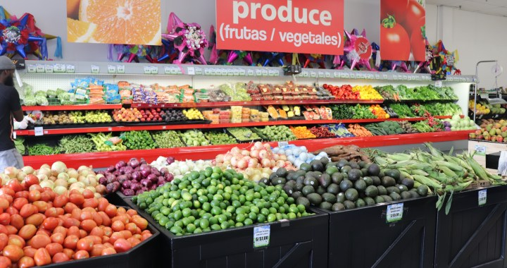 New grocery store opens in Hickman Mills