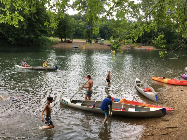 canoe.3.JPG