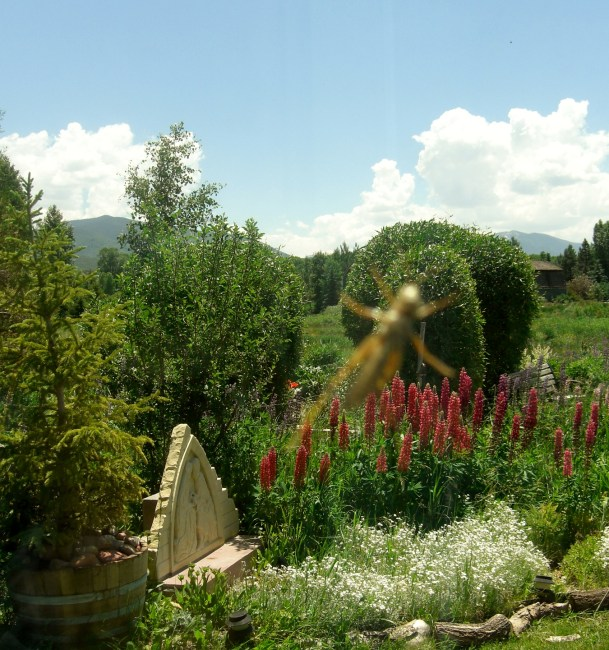 The Rocky Mountain English Country Sculpture Garden