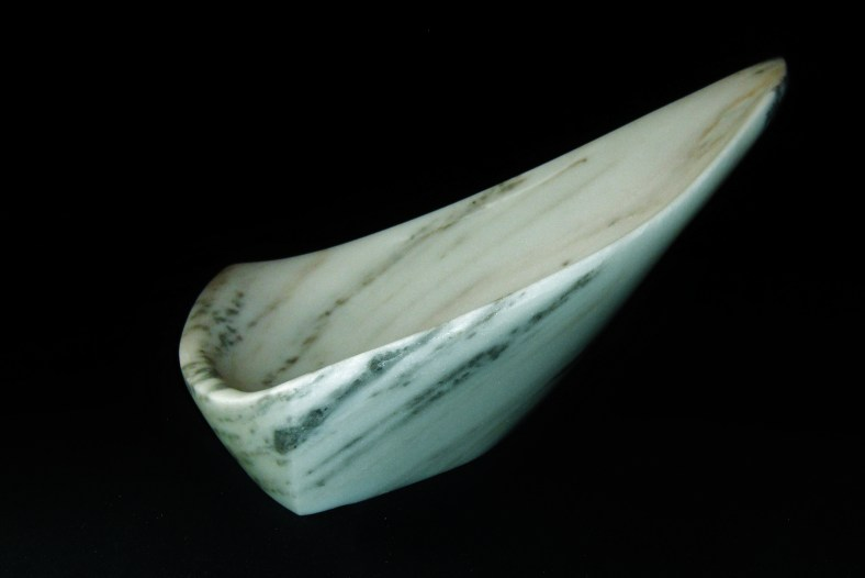 Sailboat Tempest, The Maiden Collection / Yule Marble