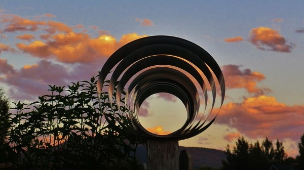 Planet Flashing flaunts its rings.
