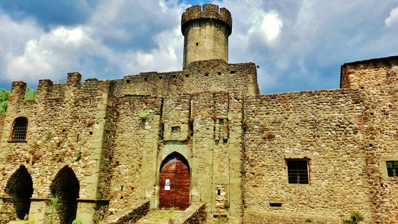 Main gate, Castello di Malgrate, Lunigiana, Tuscany, Italy