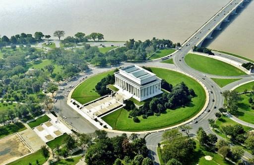 Lincoln Memorial Marble Exterior7
