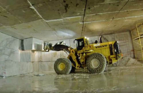Volvo's Largest Loader, the L350F at work dislodging an new block at the Yule Marble quarry, Colorado