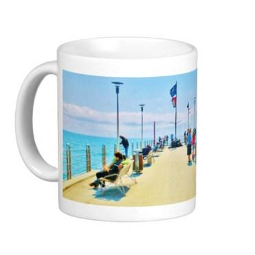 Forte dei Marmi Lunchtime Pier Crowd, Classic Mug, Left