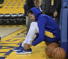 Shaun Livingston getting ready for game five Photo by Gerome Wright Martinez News-Gazette