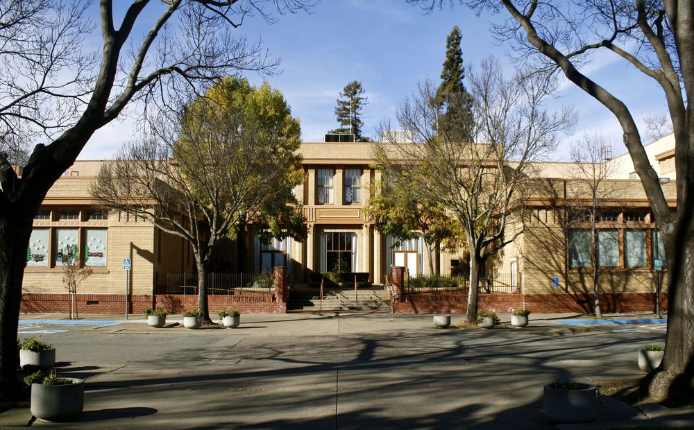 Martinez City Hall