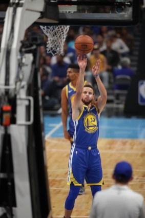 GS Warriors vs LA Lakers Photos by Kym Fortino (Martinez News-Gazette)
