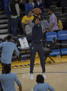 Golden State Warriors vs Memphis Grizzlies Photos by Gerome Wright