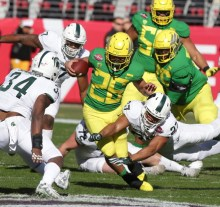 Michigan State Spartans vs Oregon Ducks #26 Fr. RB Travis Dye Redbox Bowl