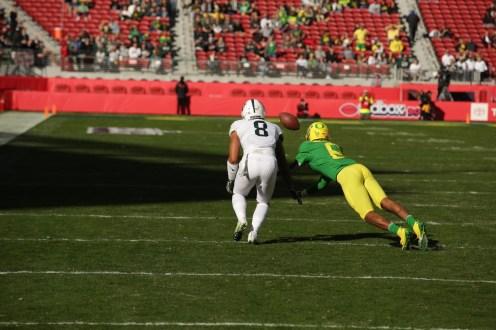 Michigan State Spartans vs Oregon Ducks #8 Ducks Fr. S. Javon Holland With the interception. Redbox Bowl