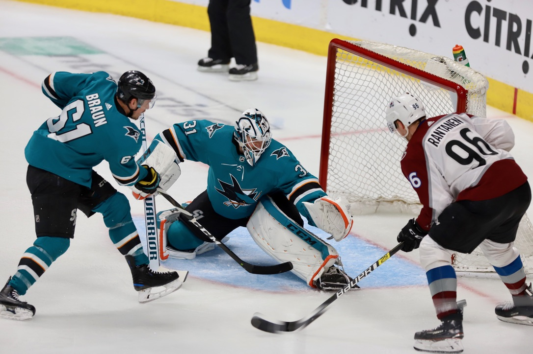 __Sharks,Avalanche_ 05-08-19 0015