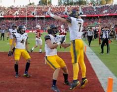 Cal Golden Bears vs Stanford Cardinal Big Game 24-20 Cal