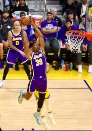 Golden State Warriors vs LA Lakers Photos by Guri Dhaliwal Martinez News-Gazette
