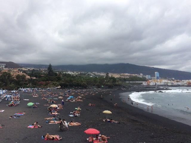 Puerto de la Cruz - black vulcano sand beach