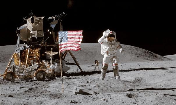 Kittlande konspirationer om månen och klimatet