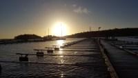 Båtupptagning en vårlik novemberdag