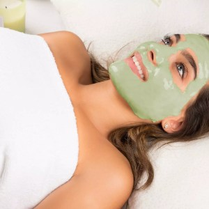 Green Tea Free Radical Protecting Peel Off Mask