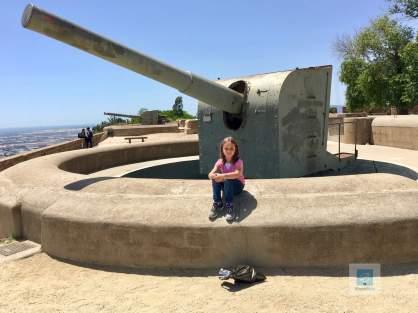 Panzergeschütz (oder was ist das genau? ich war ja nicht im Militär) auf dem Montjuic