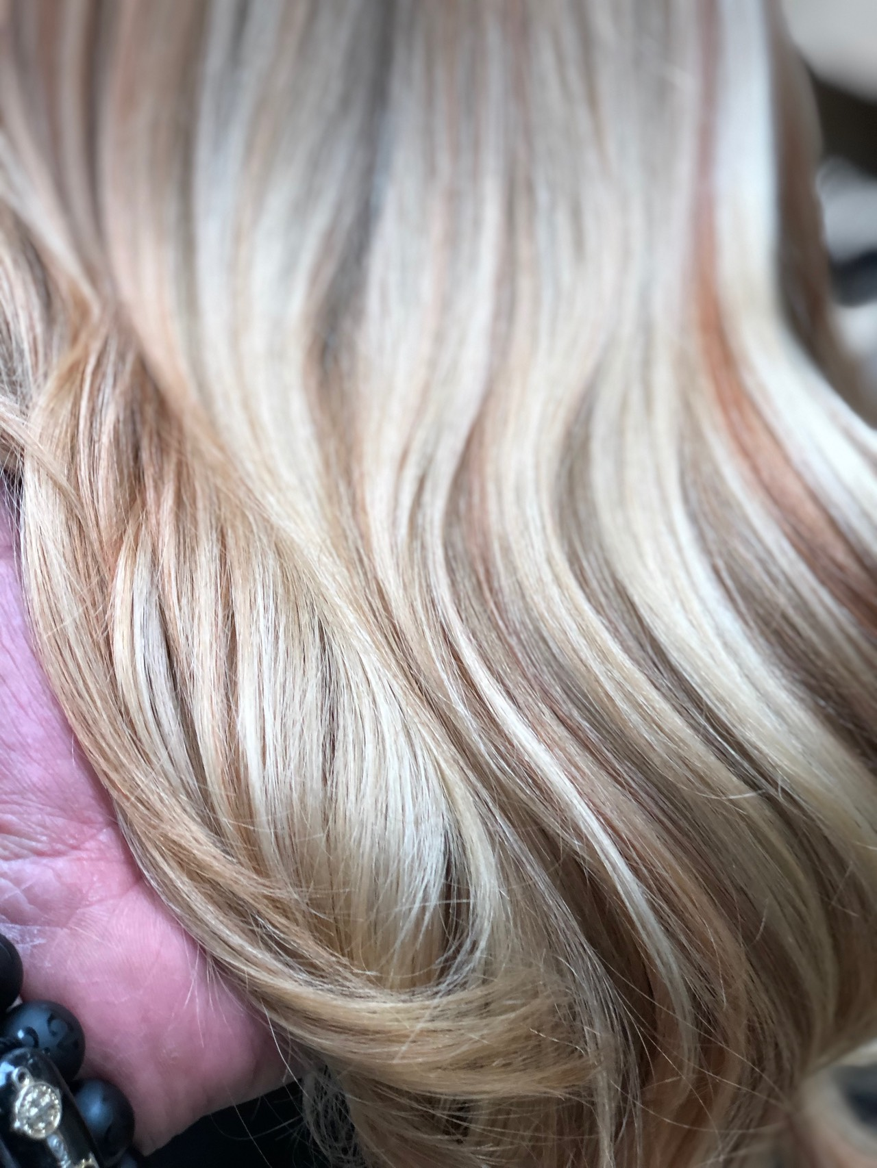 Blonde Hair Painting : blonde, painting, Painting, Color, Colorist, Martin, Rodriguez, Salon, 18120, Brookhurst, Fountain, .valley, ,92708