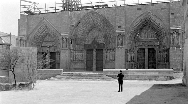 Notre Dame cathedral mock up on the RKO Encino Lot, 1939