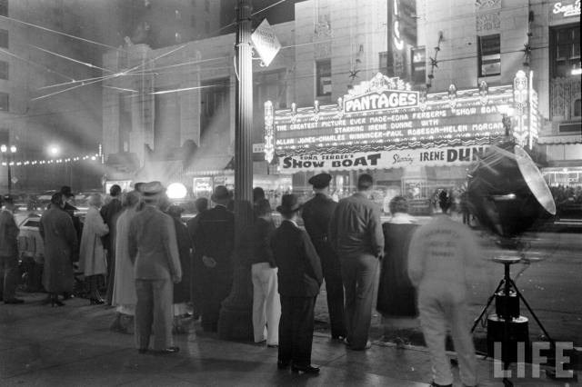 "Premiere of ""Show Boat"" at the Pantages Theater, Hollywood Blvd, 1936"