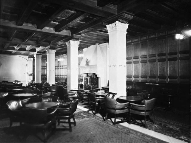 Biltmore Hotel, Men's Bar, 1948